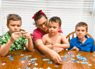 family puzzle activity