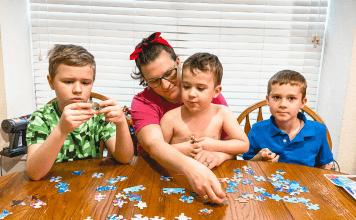 family puzzle activity