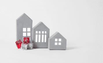Ways to save money this holiday season