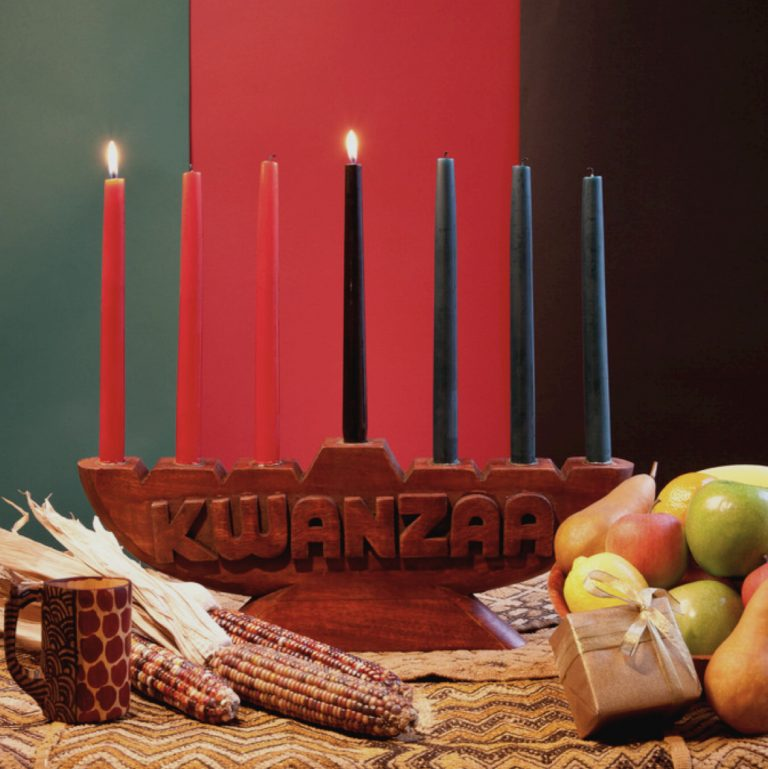 Celebrating Kwanzaa as a Family: How We Incorporate Kwanzaa in our Holiday Traditions